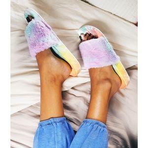 Shoes - 🚨END OF SUMMER SALE tie dye slides